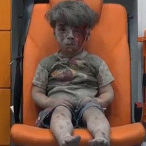 Olhar triste de uma criança