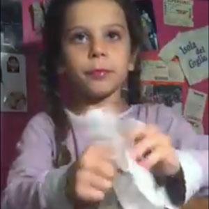 Menina fez mágica incrível