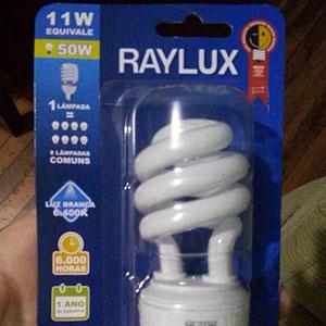 Comprei uma Raylux, zero bala!