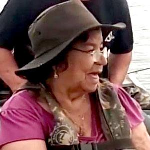 Pescando com a mãe
