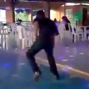 Dança mega esquisita!