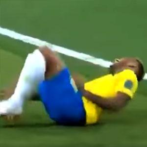 Neymar Cai Cai
