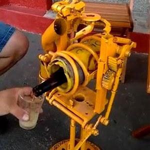 Máquina para abrir cerveja
