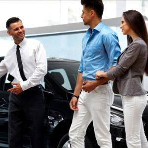 Cancelou a compra do carro por causa da mulher!